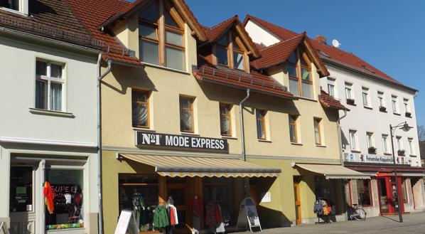 Wohn- und Geschäftshaus Barwisch