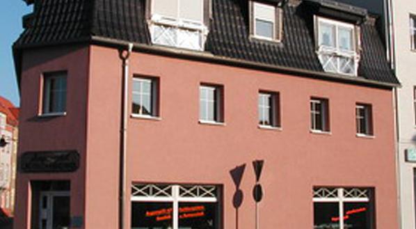 Wohn- und Geschäftshaus Hennig